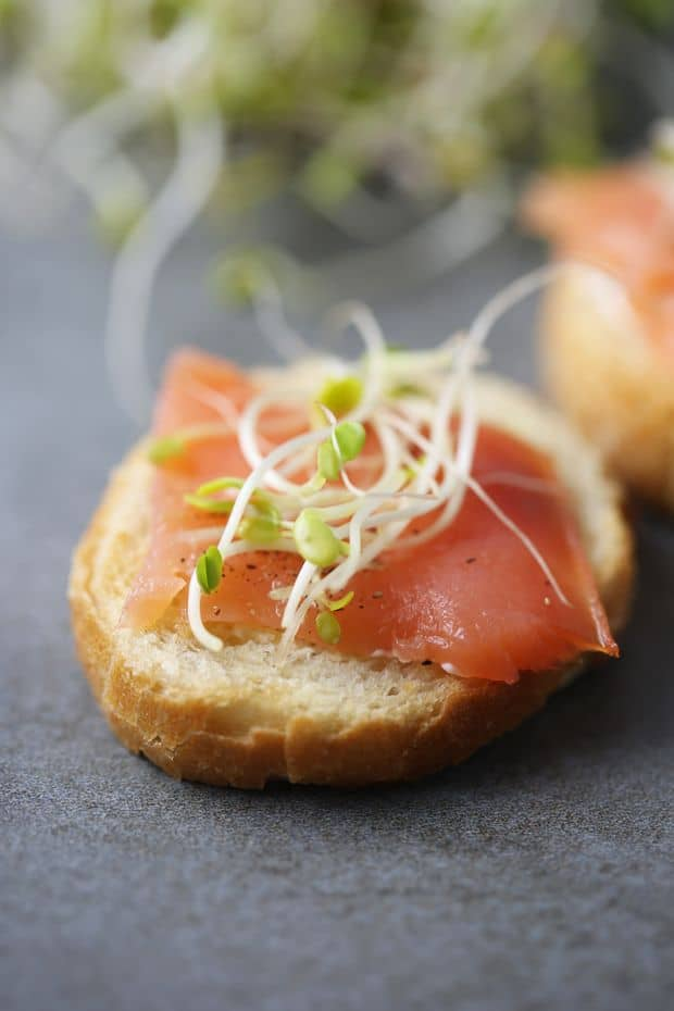Smoked salmon sandwich with bean sprouts
