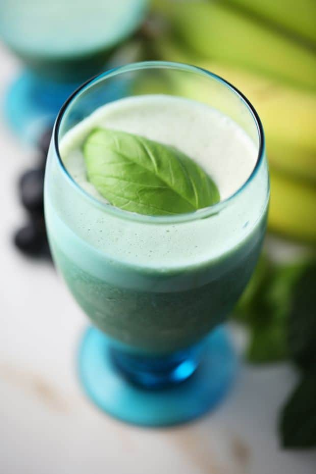 Healthy spinach smoothie