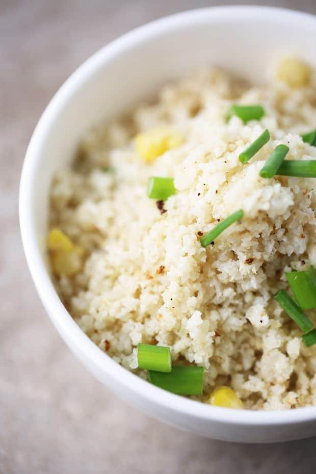 Cauliflower rice with scallions granish