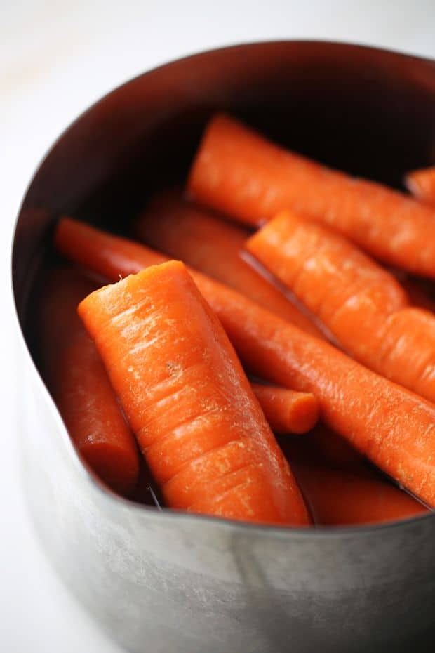 Boiling carrots for your Sweet sauteed side dish