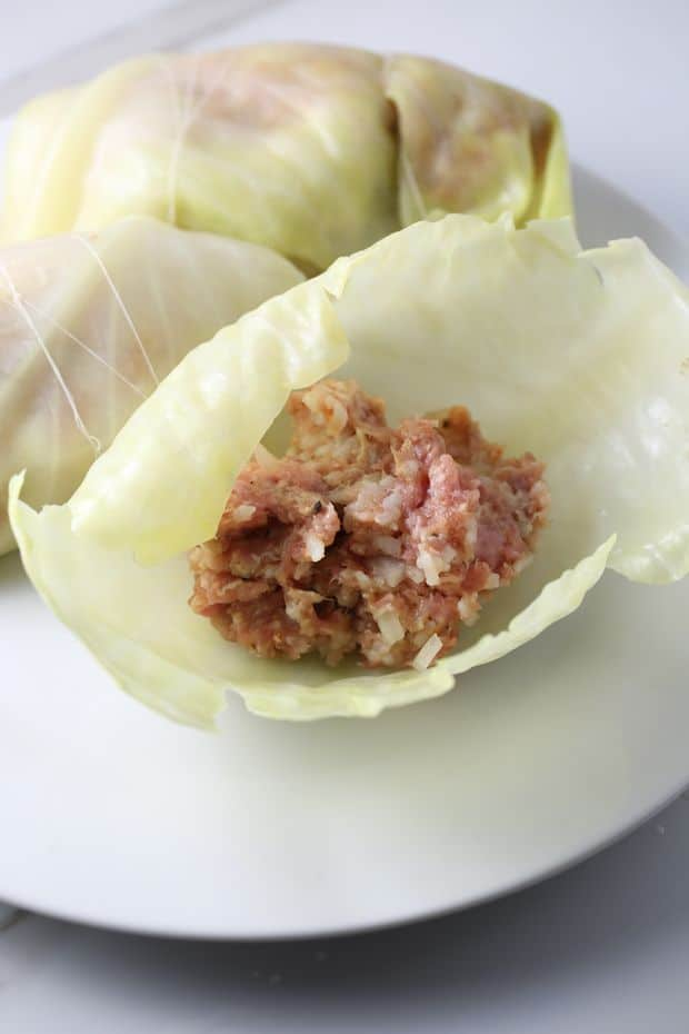 stuffed cabbage rolls stuffing leaves